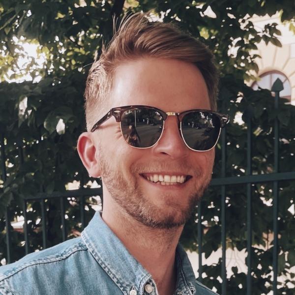 Jakub Fabian, BI Solution Designer   Deloitte