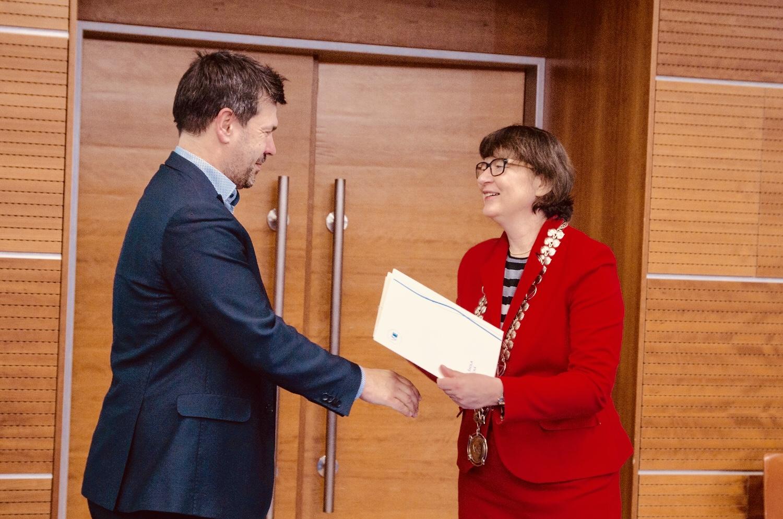 Kniha Transformace a restrukturalizace podniku obdržela Cenu rektora VŠE za prestižní publikaci roku 2018